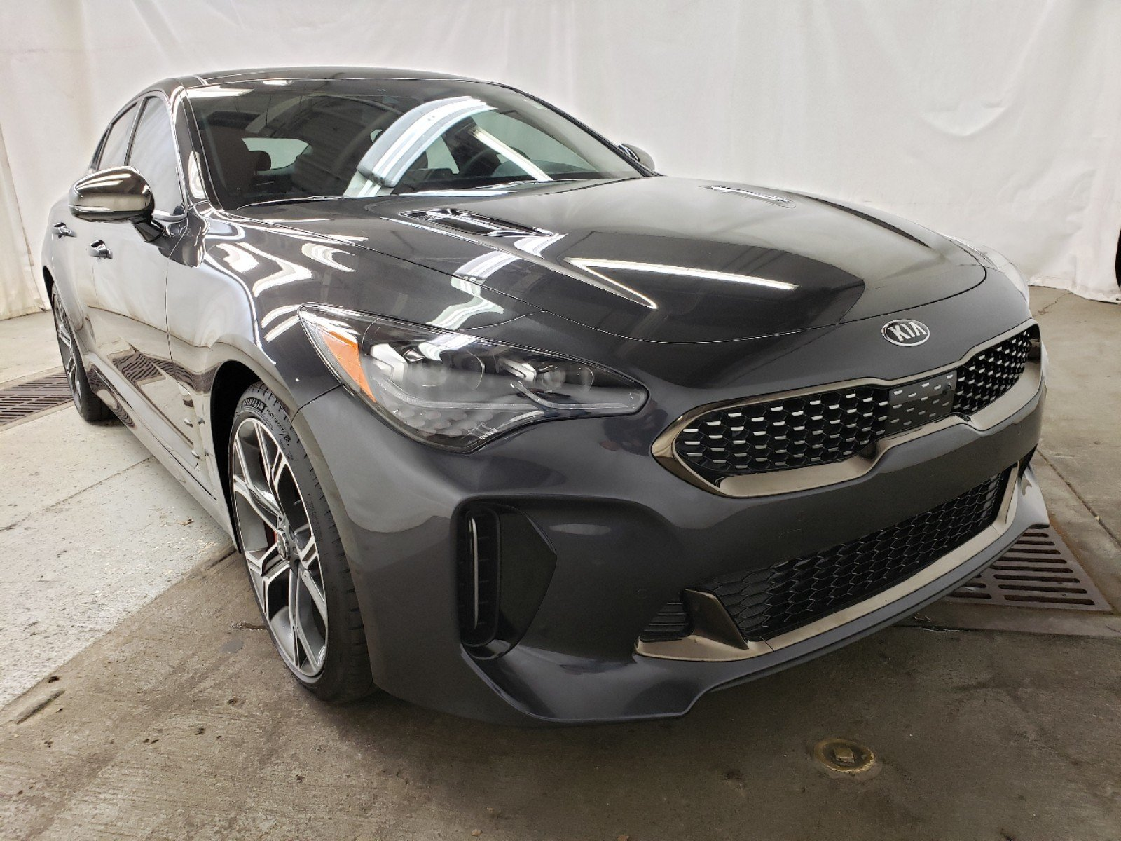 New 2019 Kia Stinger Gt2 4dr Car In Davenport K16769 Lujack Kia